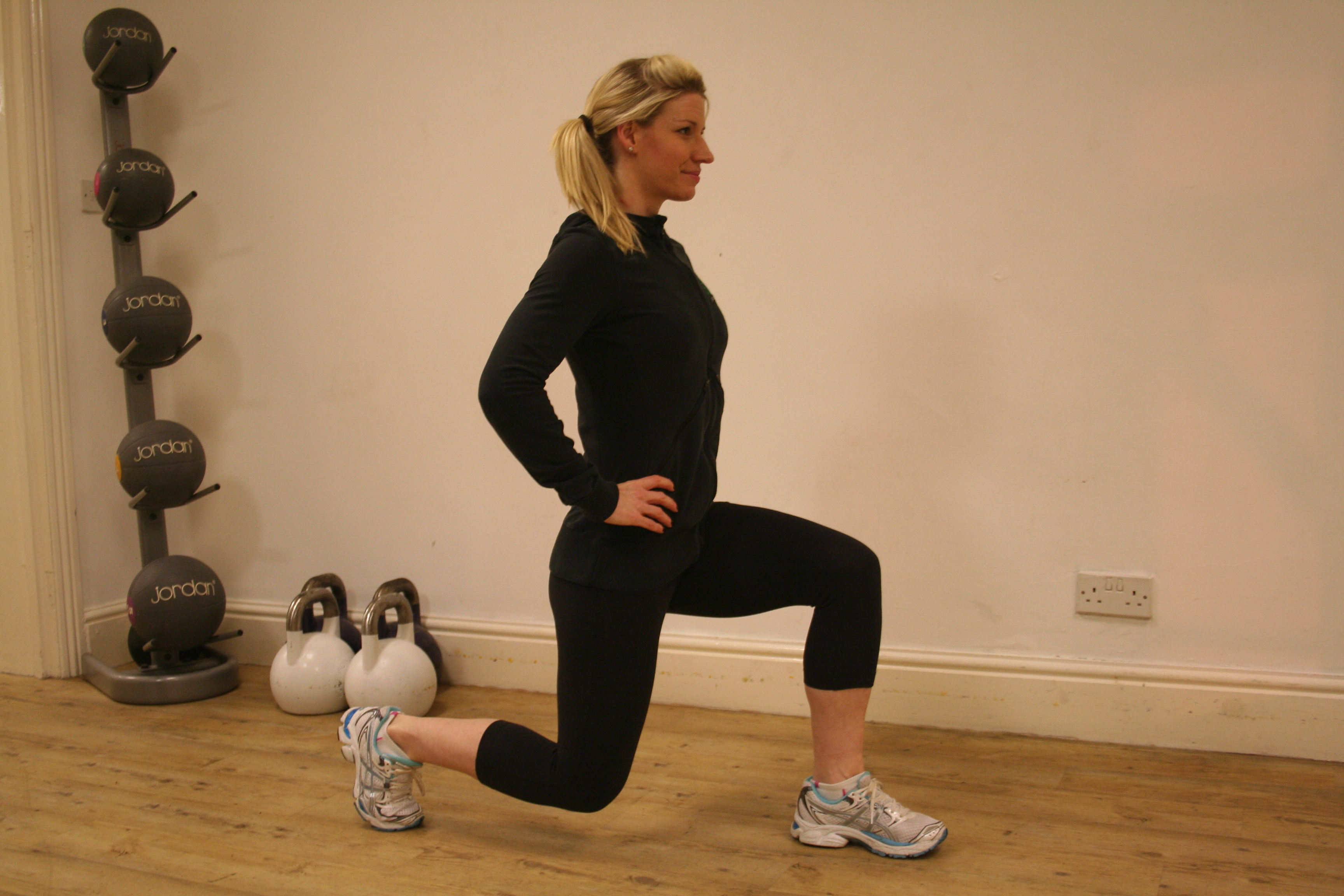 Ski Exercise Hints Amp Tips Leg Strength Ellis Brigham